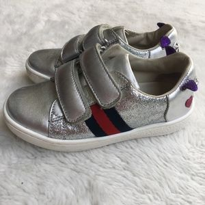 Gucci Girls Glitter Silver Puppy Dog Sneakers 24